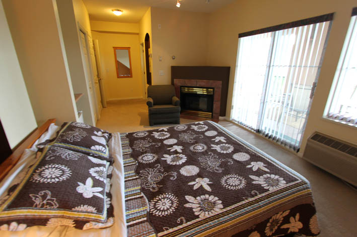 301-bedroom-kelowna-vacation-rentals-golf-packages