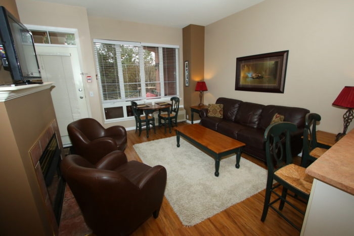 kelowna 1 bedroom furnished rental